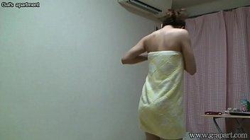 japanese prisoners girls Chica masturbandose y eyaculando