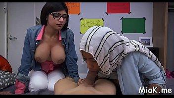 moroccan arab une sucking baise girl Lemonade milf henna 25