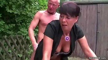 erwischt beim mastubieren mutter Self boob suck