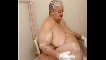 shower leone sexy sunny Amateur bi 3some