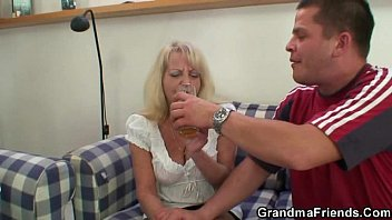 passed hairy out youngg sofa guy screwing on mature All girl lesbian erotic forced orgaam5