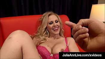 mom maid lee threesome abby ann julia the and Video pns mesum 15 menit