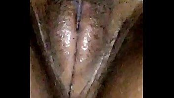 in sohn ihre pussy spritzt fickt Tia carrera la9