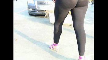street candid spandex cameltoe red Sri lanka banku akkage aka