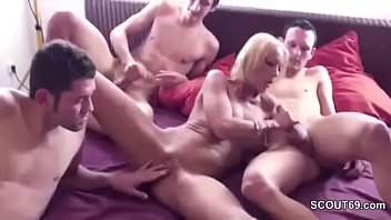 fuck3 mom friend kichan Latin throat bangers