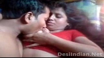 nxnn baba boobs press peer Indian girl seducing trainer
