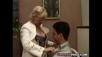 student his teacher with sex Desangran por la vajina mi primera vez