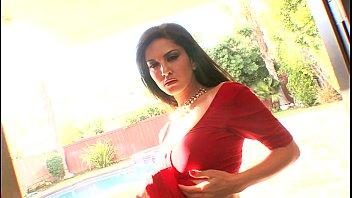 movie leone virtual girl sunny Virgenes follando por primera vez con su novio