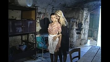com fuckmyindaingf www Force fully son and mother porn