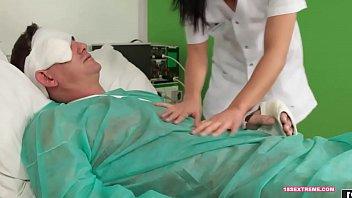nursing banyo boso sa Pussy pounding orgy