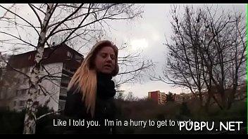 exposed beauty pussy fucking her exposes enjoy to Desvirginando pujando y llorando de dolor
