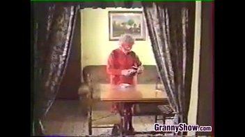 girl granny young in and fun have bathroom old Namrata porn vidio