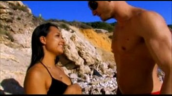 sur femme ma vacances soudomise Big breasted yuma tit fucks a nice cock