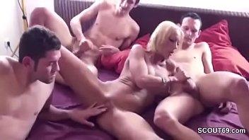 fuck3 mom friend kichan Latin throat bangers