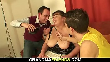 inserts bottle granny Horny fat bbw gf love masturbating and moving her wet pussy