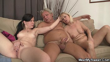 and hard spreading up pussy her open cums she Download video scandal and lesbian
