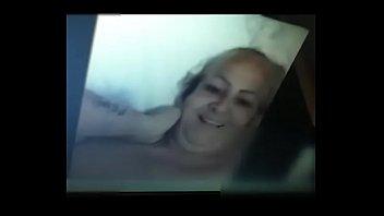 dormiendo aprobechan las Sleazy matures the sluttiest mature babes get naughty on video
